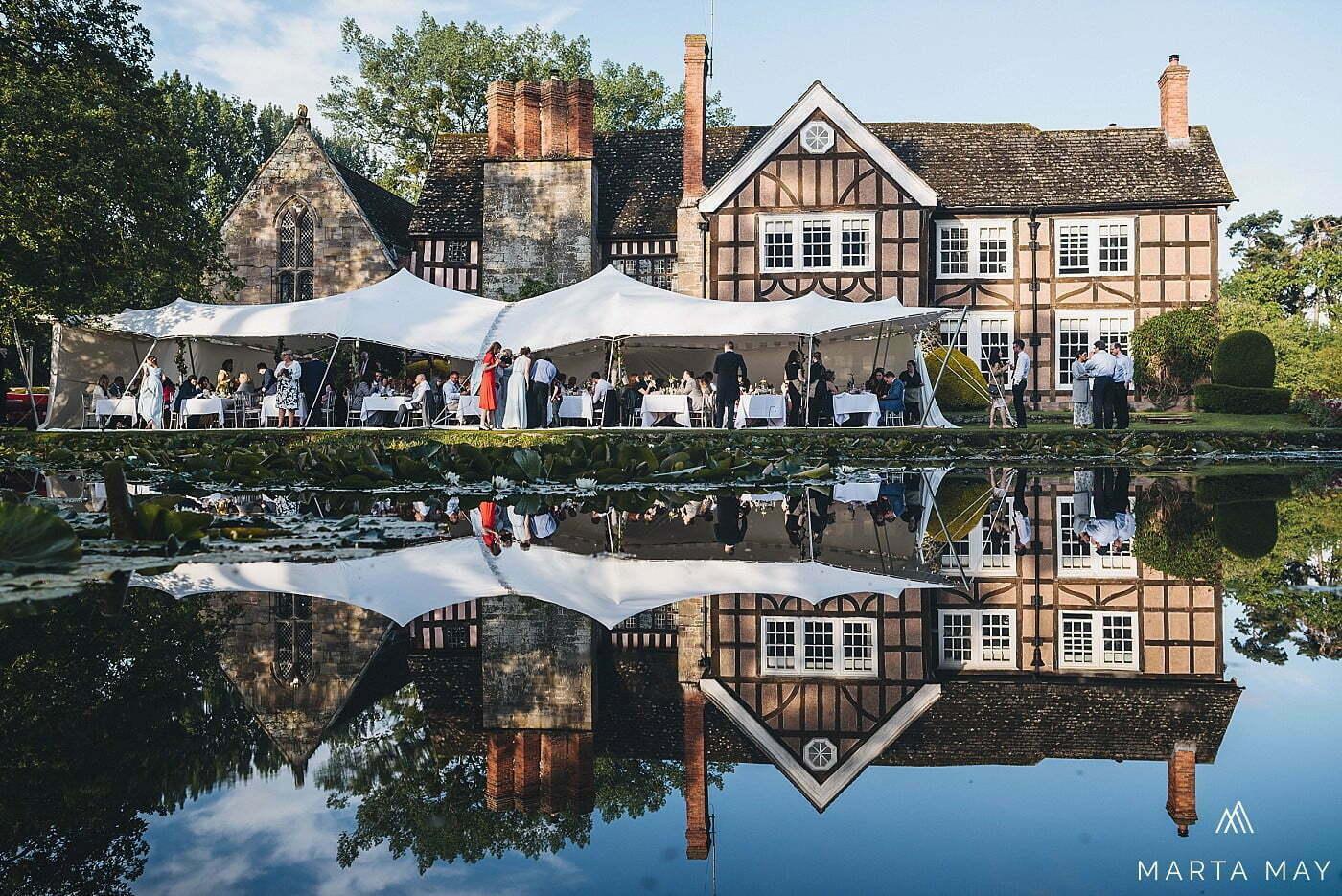 Herefordshire wedding photographers Brinsop Court
