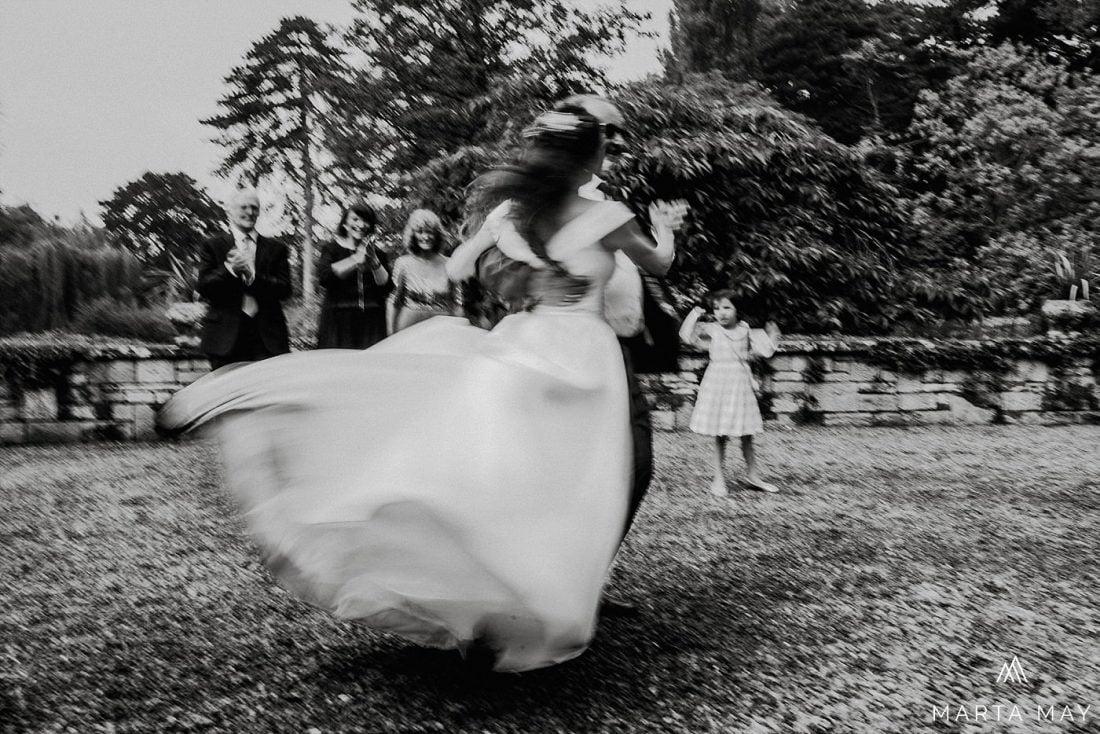Herefordshire wedding photographers Brinsop Court Jewish wedding