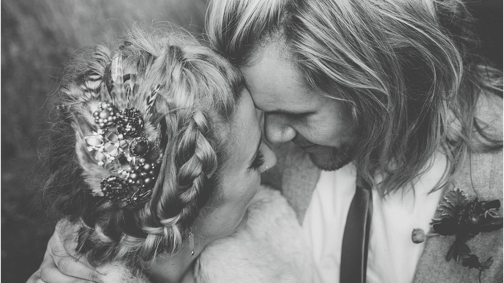 wild botanical wedding photography cotswold