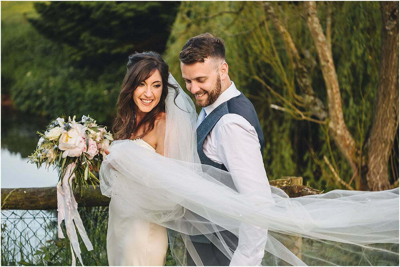 barn wedding Shropshire wedding photographer