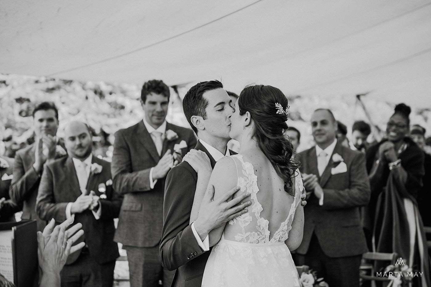 first kiss English American wedding
