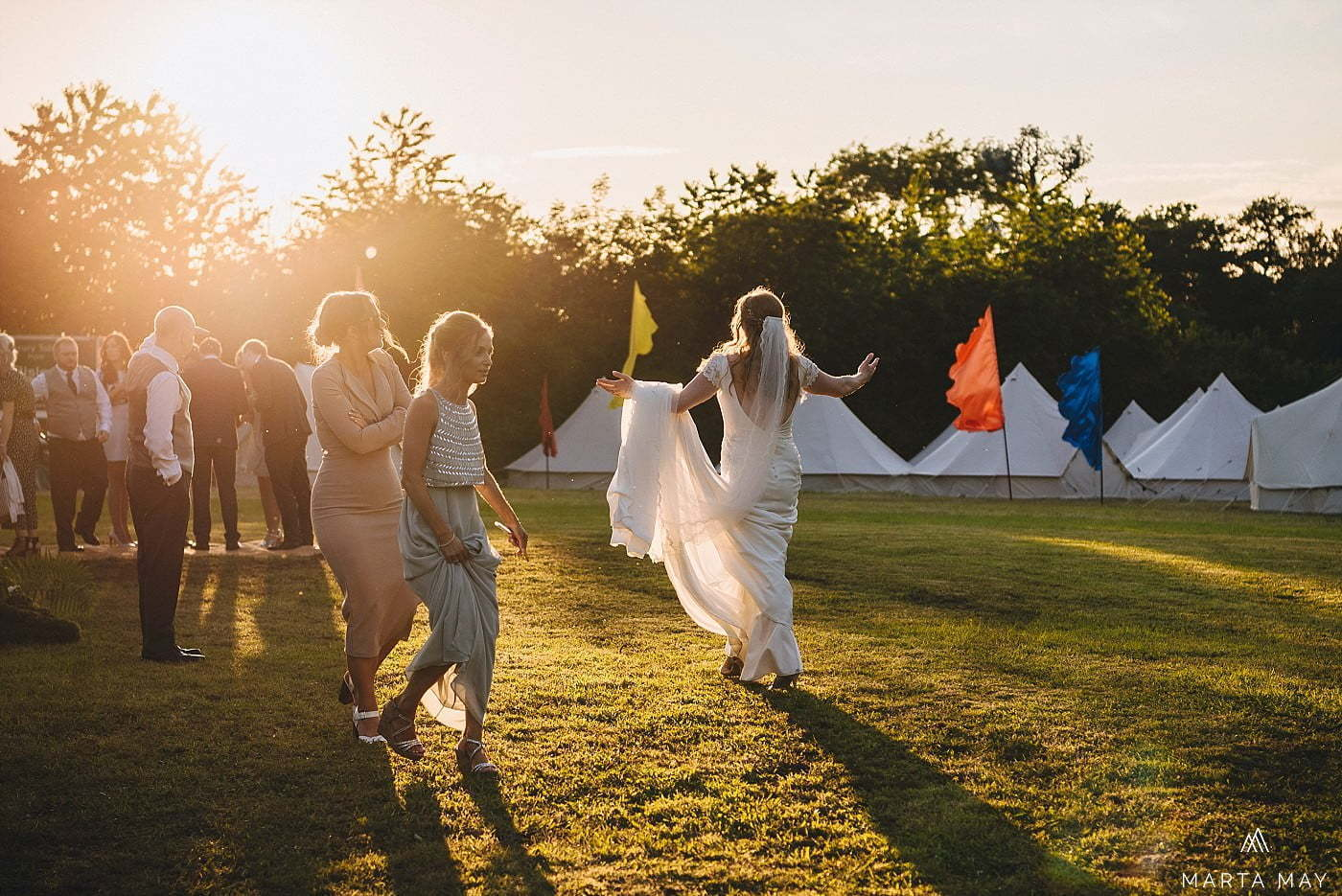 wedding glamping Cotswolds